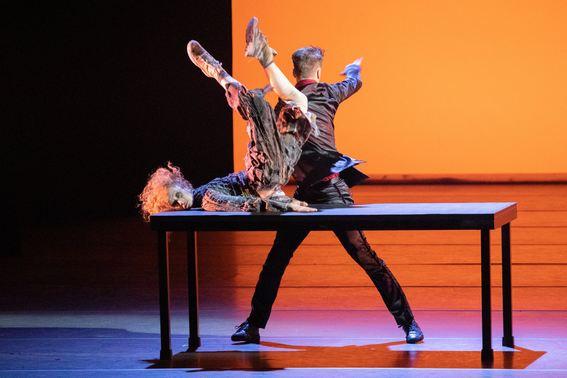 Фрагмент из балета «Щелкунчик» танцуют Э.Линдблад и Д.Койвунен