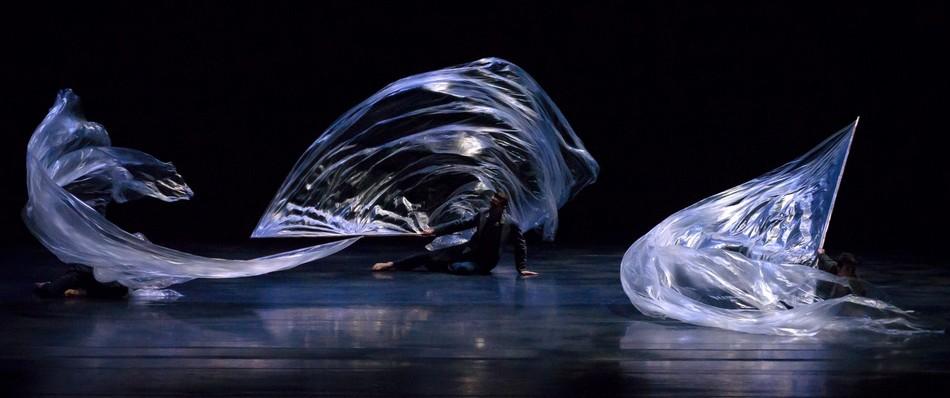 Фрагмент спектакля «Одиссея» в хореографии Жоэль Бувье.