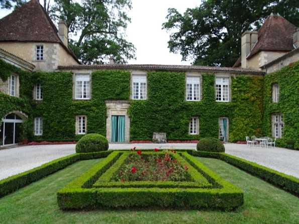 Château Сarbonnieux - Шато Карбонньё.
