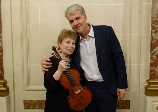Андрей Шюдтц со своей мамой - Ольгой Шюдтц
