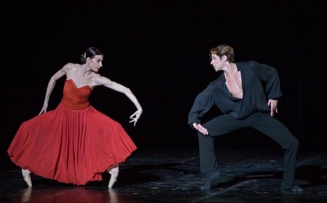 Дуэт из балета «Бежар празднует Мориса»  -«Гамлет»