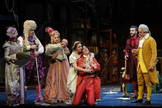 Анджолина (М.Лозье) и принц (К.Дюбуа) в ходе бала
