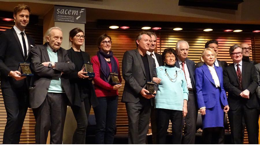 Лауреаты и  члены жюри Приза  «Золотой Орфей»