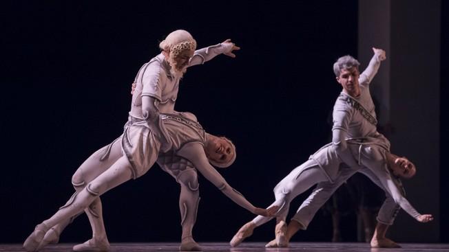 Два дуэта: Ипполита - Тезей и Гермия - Лизандр